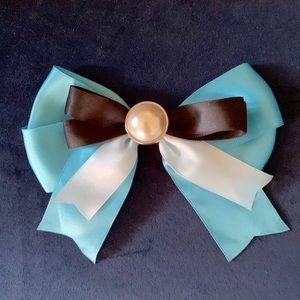 Disney Alice in Wonderland bow